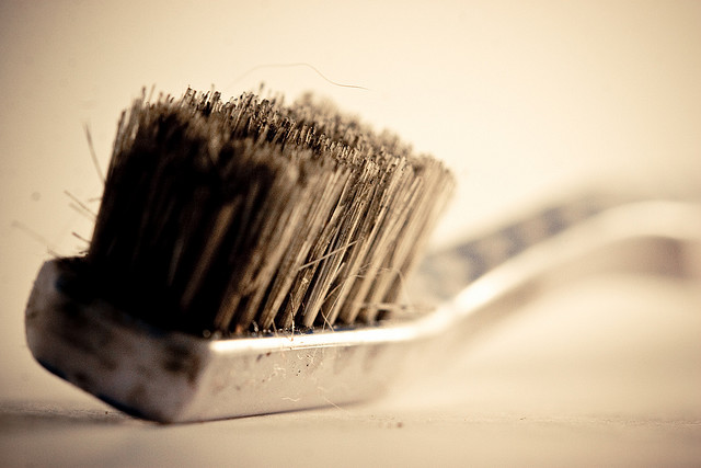 Dirty Ole' Toothbrush, Tinney on Flickr